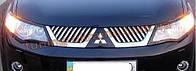 Накладки на решетку радиатора Carmos  на Mitsubishi Outlander XL 2012-2014