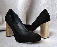 Модные женские туфли на устойчивом каблуке из кожи и замши 0016АВМ