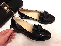 Женские туфли на низком каблуке кожа лаковая 0017КОМ