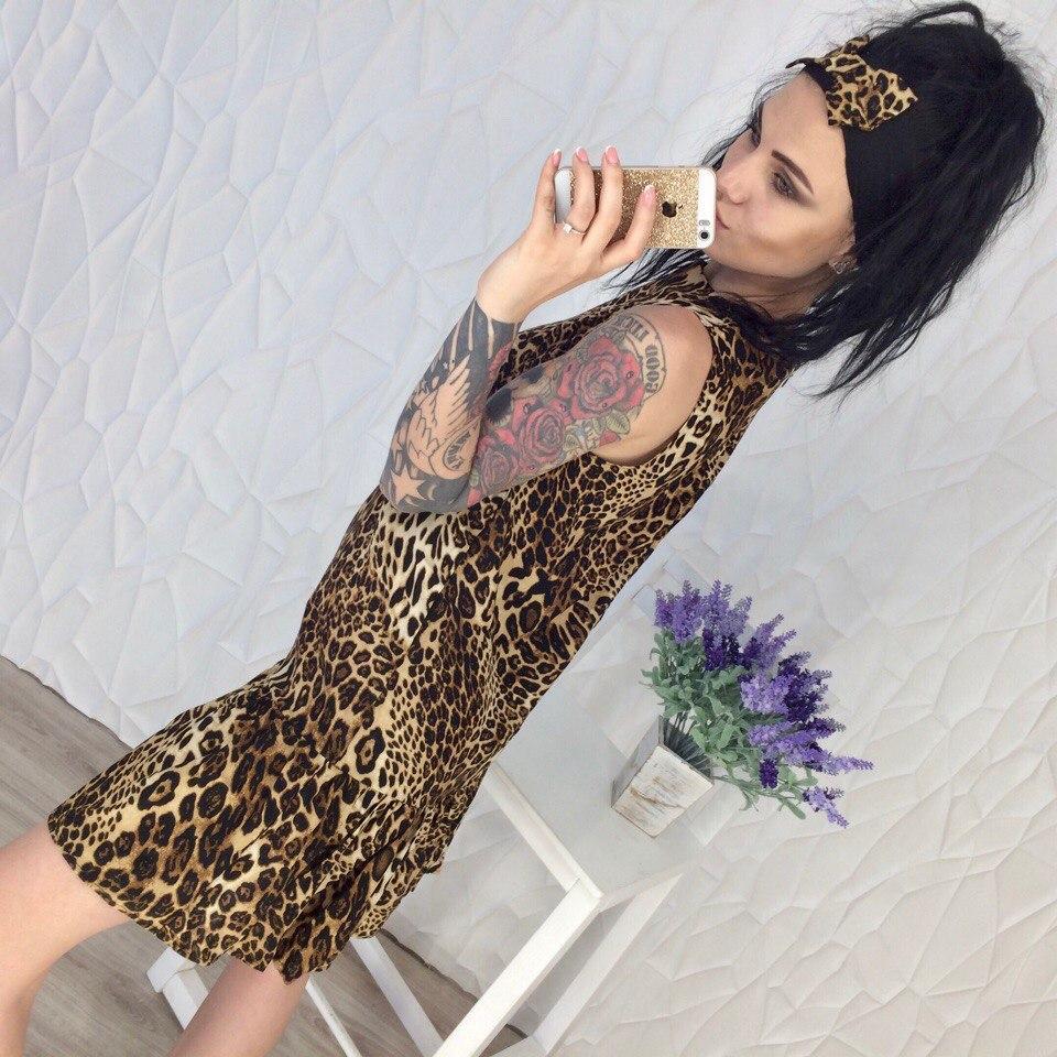 cd426b3a395 Летнее леопардовое платье с повязкой на голову