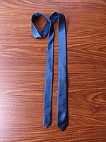 Красивый и стильный мужской галстук ручной работы.