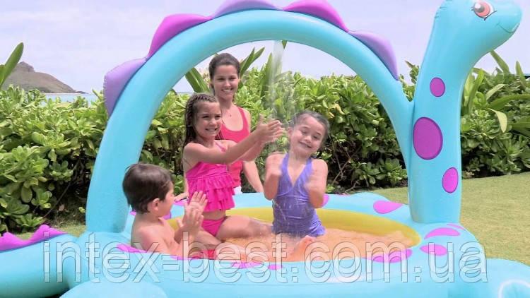 Intex 57437 Надувной бассейн – «Динозавр» —  красочный детский бассейн с встроенным душом.