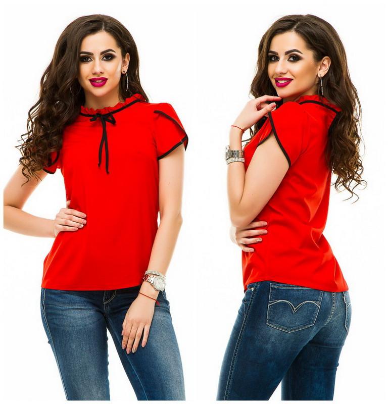 Красивая летняя женская блузка