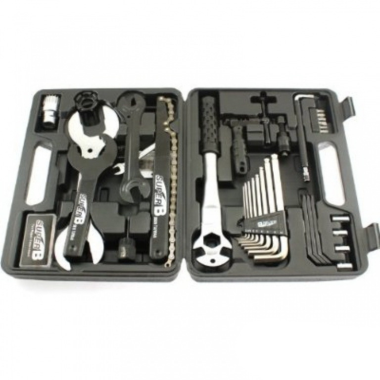 Набір інструментів SuperB 37шт в чемодані (97900)