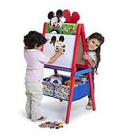 Деревянный мольберт с ящиками для игрушек Микки Маус от Delta Children