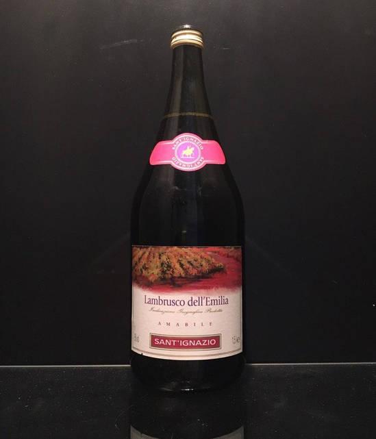 Игристое красное вино Lambrusco dell'Emilia amabile Sant'ignazio 1.5L