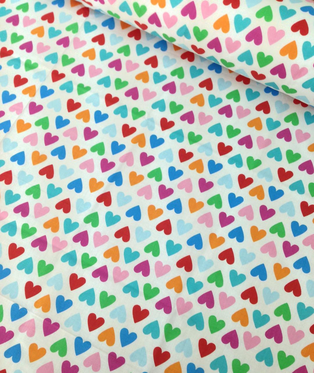 Хлопковая ткань польская сердца розовые, голубые, оранжевые, зеленые на белом №637