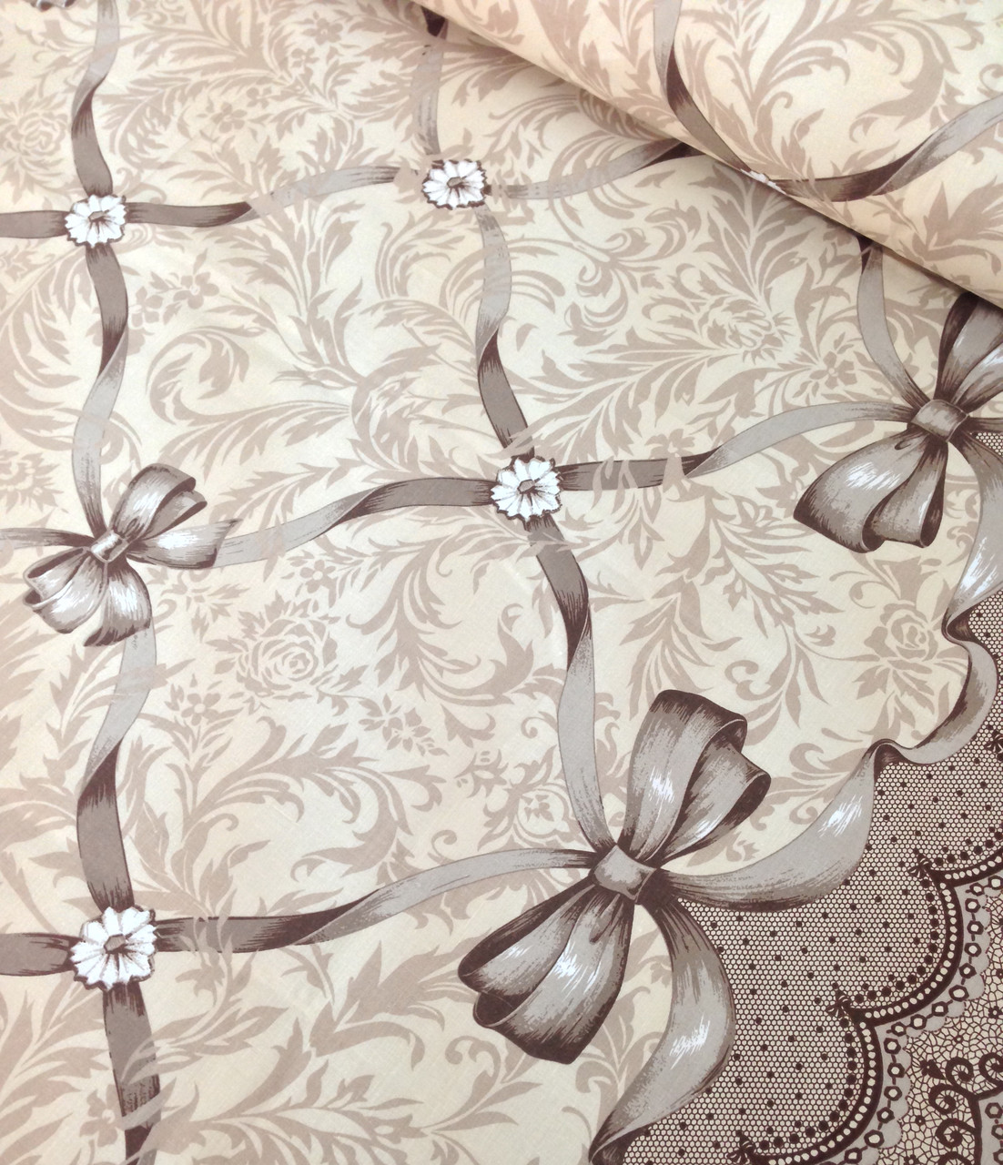 Хлопковая ткань польская орнамен с лентами и бантами бежевый (купонная) №631