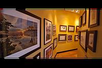 Багетная мастерская Art best предлагает зеркала в багетных рамах разных видов. Использованы подвески для рамок. Крокодилы или ушки для картин. Робота Дворецький Анатолій.