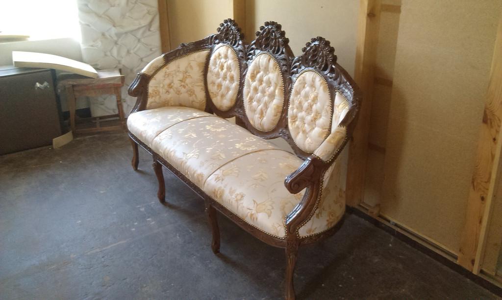 Реставрація антикварних меблів. 2