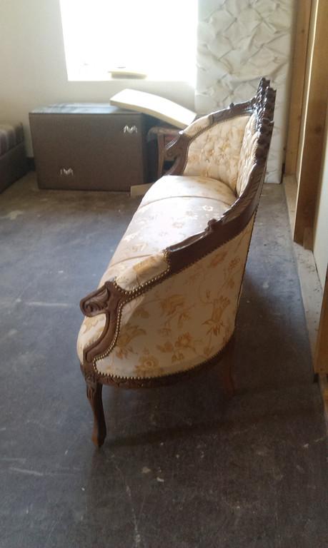 Реставрація антикварних меблів. 3
