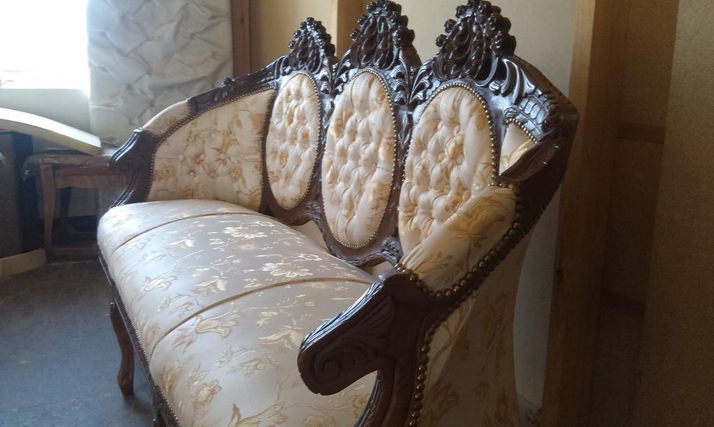 Реставрація антикварних меблів. 4