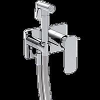Смеситель с гигиеническим душем LaTorre Laghi 44211 Биколор