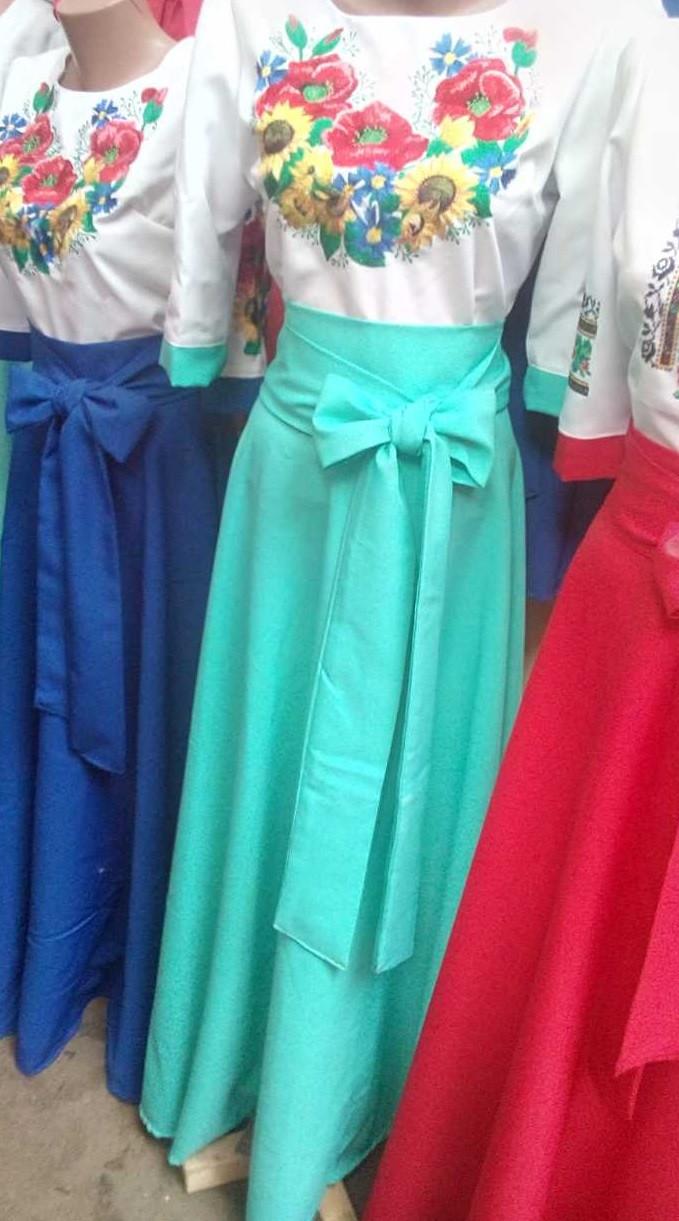 Молодежное платье вышиванка длинное