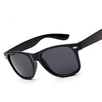 Солнцезащитные очки черного цвета Wayfarer