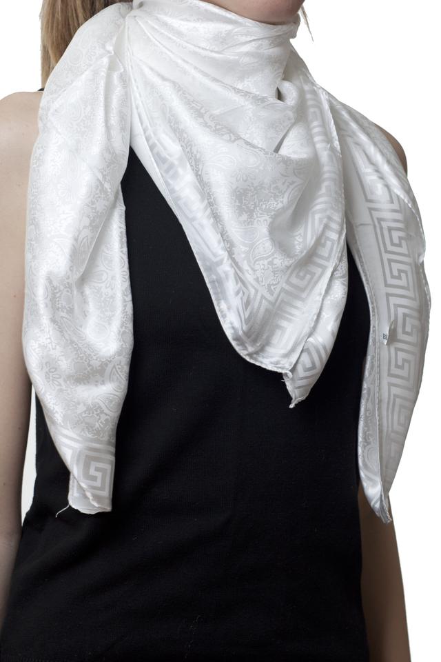 Турецкий шелковый атласный белый платок 1