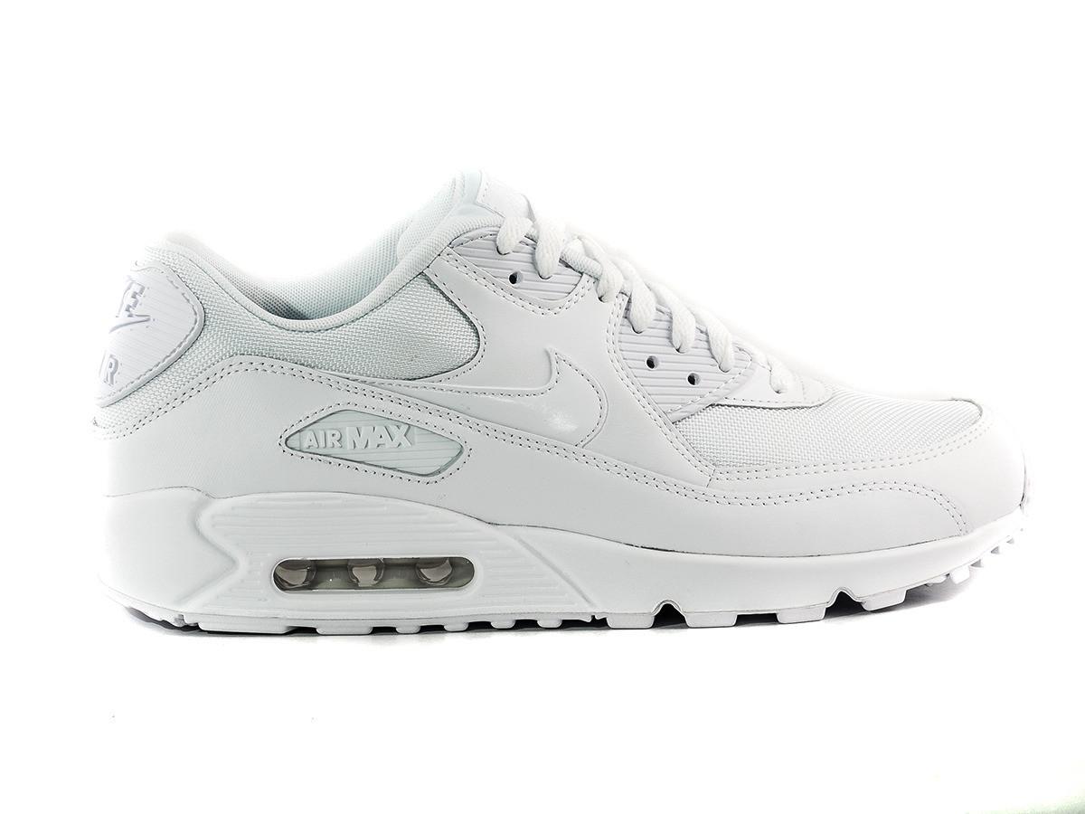 Купить Мужские кроссовки NIKE air max 90 essential (Артикул  537384 ... df2dce36628