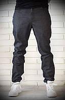 Стильные мужские джинсы из плотной ткани