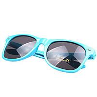Солнцезащитные очки голубого цвета Wayfarer