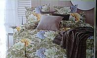 Красивые постельные комплекты с цветами.