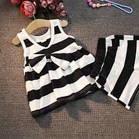Комплект для девочки. Футболка и шорты в полоску