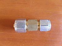 Соединитель для ПВХ трубки 8-6 мм