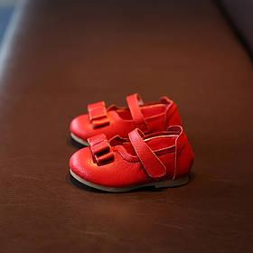 Туфли для девочки кожаные красные
