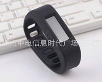Спортивный Bluetooth браслет - часы
