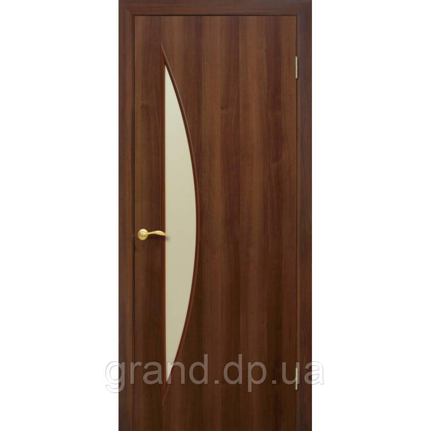 """Дверь межкомнатная остекленная """"Парус экошпон"""" орех"""