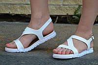 Босоножки, сандали женские на небольшой платформе белые силикон 2017