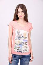 Красивая розовая женская футболка с принтом