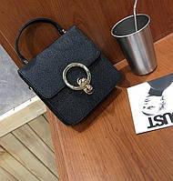 Черная маленькая сумочка