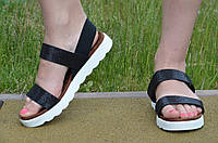 Босоножки, сандали женские на платформе черный перламутр искусственная кожа 2017. Со скидкой