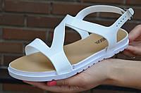 Босоножки, сандали женские на небольшой платформе белые силикон. Топ