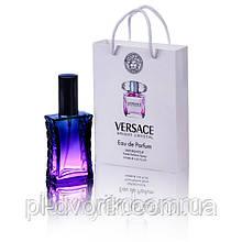 Духи   в подарочной упаковке 50 мл.  Красивое оформление и великолепный купаж содержания делают этот парфюм ид