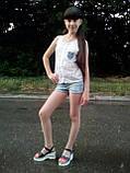 Летний костюм для девочки: блузка и джинсовые шорты, фото 2