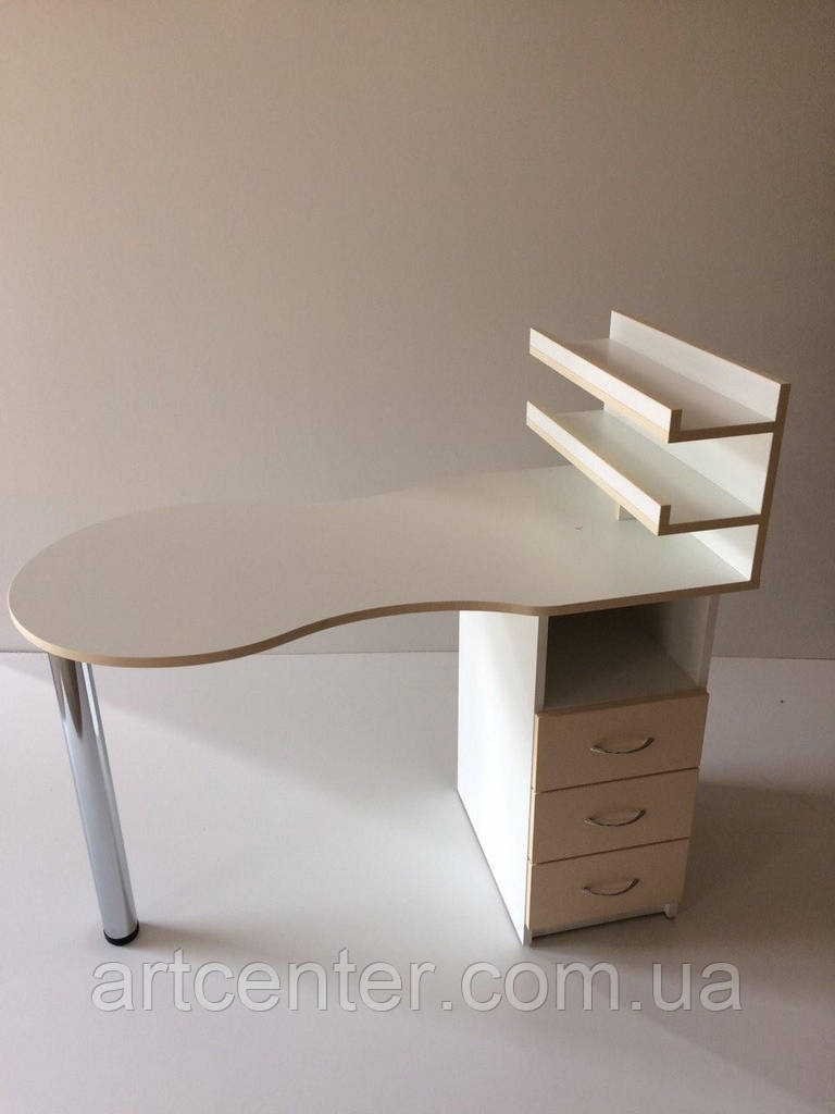 Маникюрный стол складной с полочками для лаков на хромированной ножке