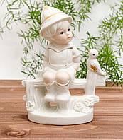 Статуэтка фарфоровая мальчик на лавочке, фарфор, возможно Германия, фото 1