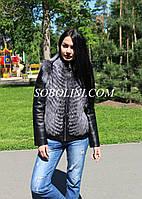 Стильная кожаная куртка-трансформер с  мехом чернобурки в роспуск на молнии, кожа Италия, длина 60см