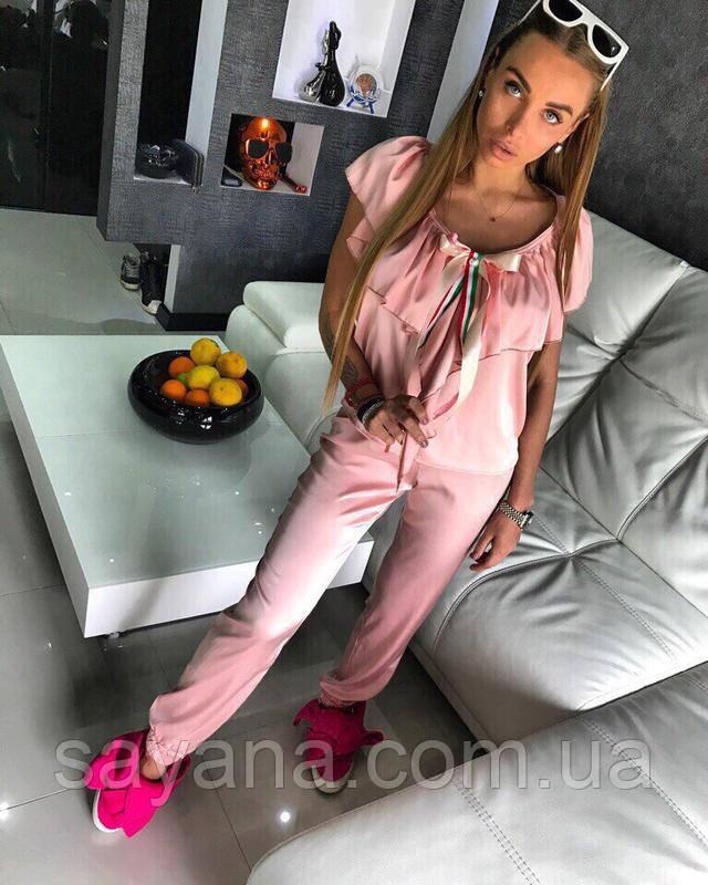 женский стильный костюм 2017