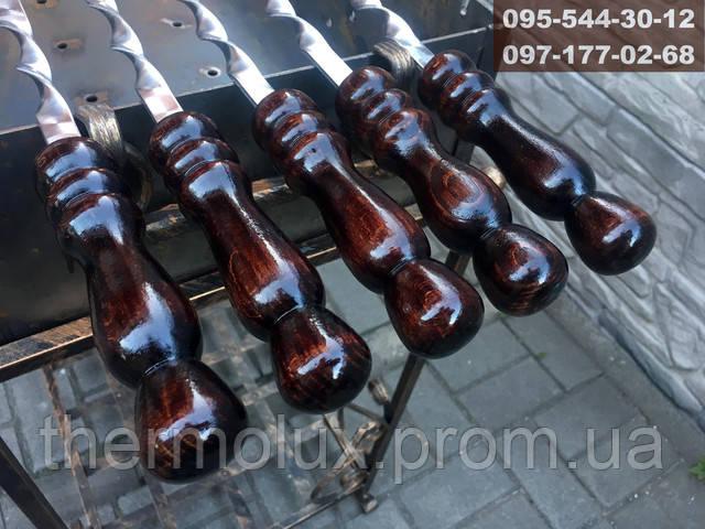 Лакированные ручки шампуров янтарного цвета
