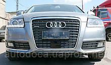 Декоративно-защитная сетка радиатора Audi (Ауди) A6 фальшрадиаторная решетка, бампер