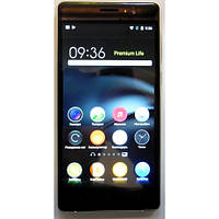 Смартфон HTC S820  2 cим, 5 дюймов, 8 ядер, 8 Гб, 8 Мп, 3G.