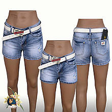 Шорты женские джинсовые короткие Lady N голубого цвета с белым ремнём