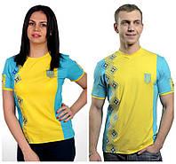 Женская желто-голубая футболка с патриотической вышивкой