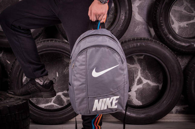 Спортивный рюкзак Nike серый , фото 2