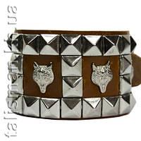 Браслет кожаный - BKB-153/2  - пирамиды 4 ряда с волками