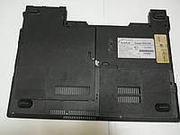 Нижняя часть корпуса днище ноутбука RoverBook Voyager V555 WH