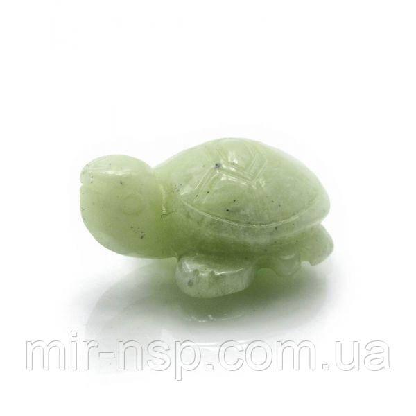 Черепаха из натурального нефрита