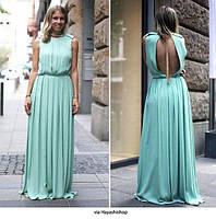 Элегантное длинное платье в пол из шелка с открытой спиной